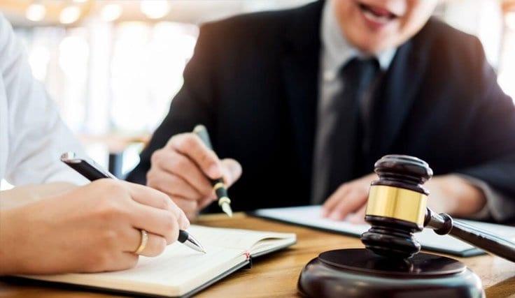 İlk-Ay Hukuk Bürosu Avukatları