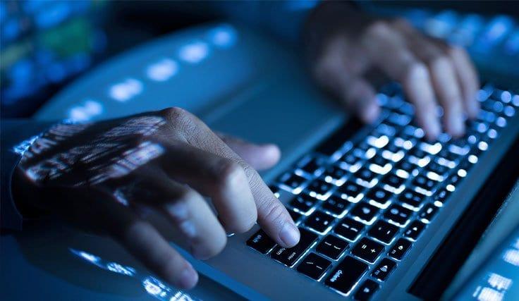 İnternet Üzerinden Hakaret ve İçerik Kaldırma