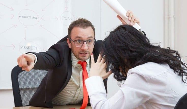 İşverenin İşçiye Hakaret Etmesi Fesih Kıdem Tazminatı
