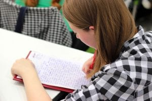 Üniversitede Okuyan Çocuk Yardım Nafakası