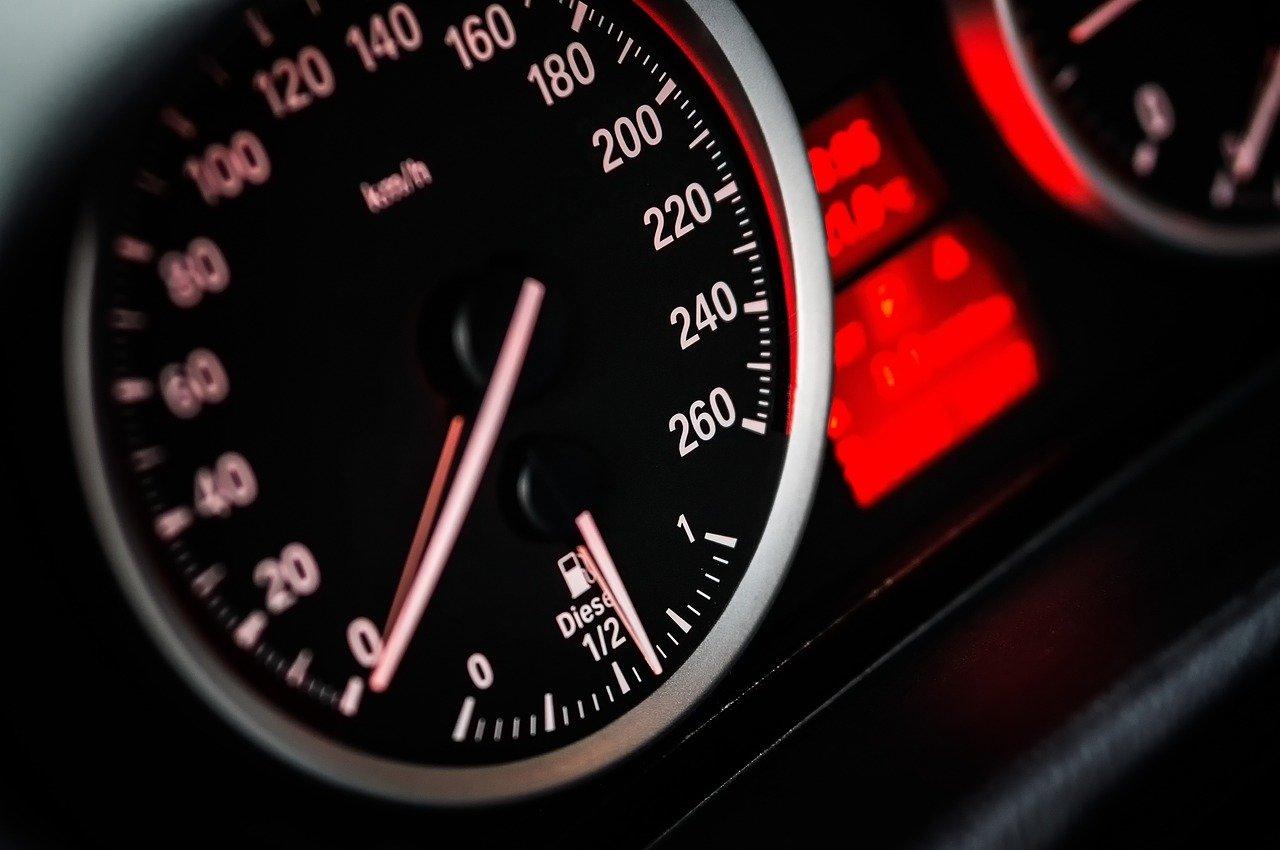 Araç Kilometre Düşürme Suç Mu?