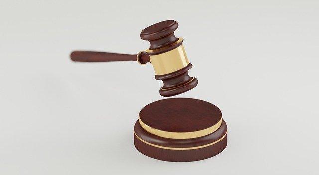 Yargıtay'dan Emsal Karar: Eşini Başkasıyla Kıyaslama Boşanma Sebebi